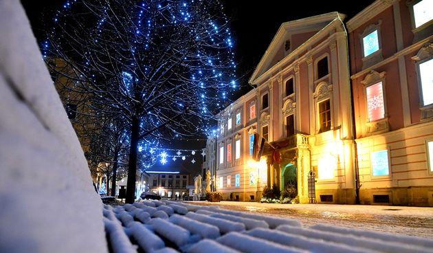 Snijeg, Advent, županijska palača