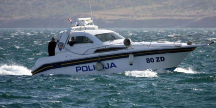 Sve više glisiranja uz obalu, sankcionirano 12 osoba