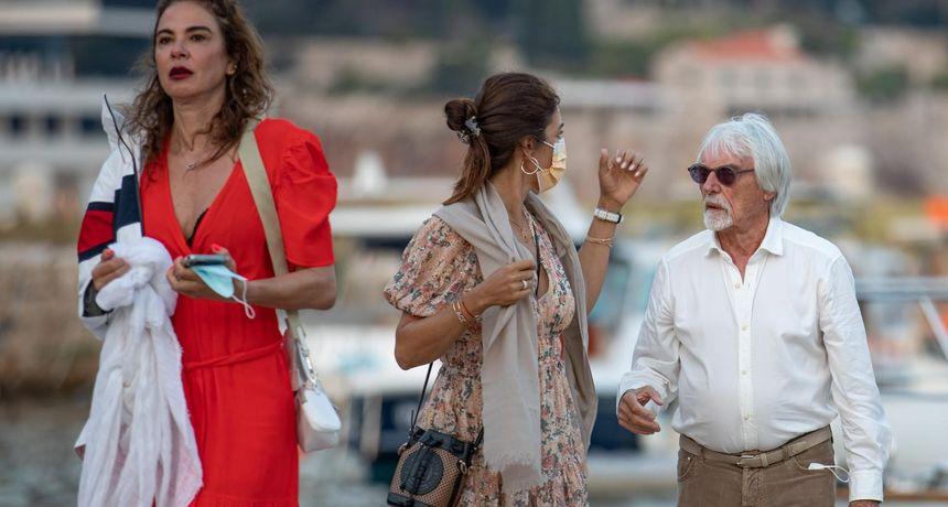 Bernie Ecclestone stigao u Dubrovnik s 46 godina mlađom suprugom zbog koje su ga kćeri ucjenjivale