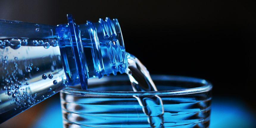 Je li pijenje vode s limunom natašte zaista zdravo za organizam? Žena koja je to isprobala ima odgovor