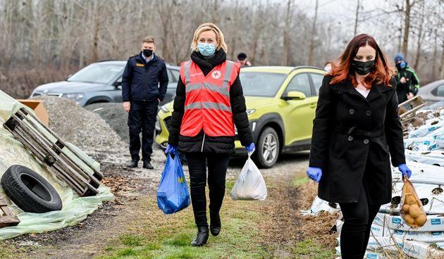 Županija uljepšala blagdane onima kojima je to najpotrebnije - podijeljeno 600 paketa obiteljima