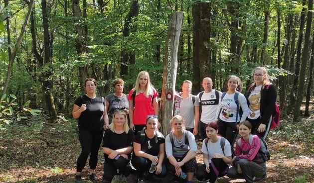 U Cetingradu započela prva planinarska škola, polaznici će naučiti kako sigurno pohoditi planinske vrhove