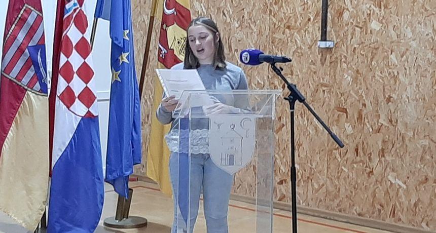 Ozaljska dječja gradonačelnica Lea Blažina uputila zamolbu Gradskom vijeću Ozlja: Nedostaje prostora za djecu i mlade