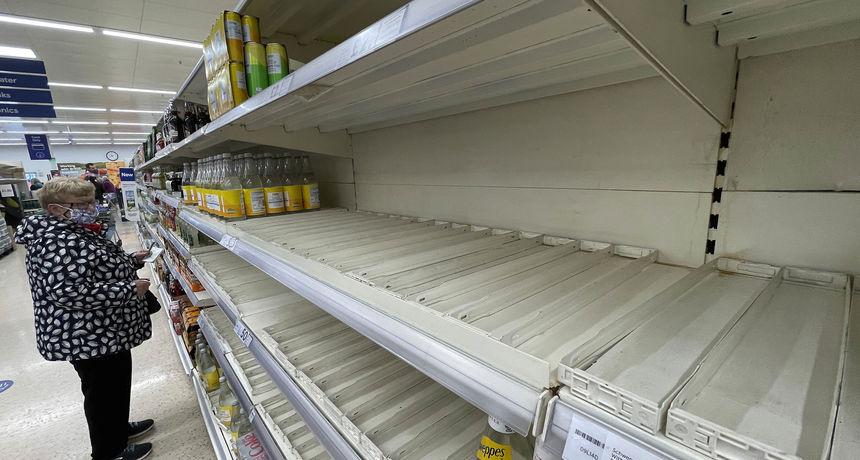 Police trgovina sve praznije, cijene lete u nebo: 1 od 6 Britanaca u zadnja 2 tjedna nije mogao kupiti osnovne namirnice