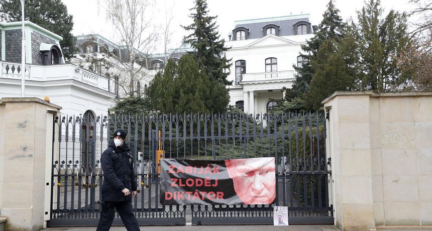 Ruska osveta Pragu: U znak odmazde protjerali dvadeset čeških diplomata, imaju 24 sata da napuste zemlju