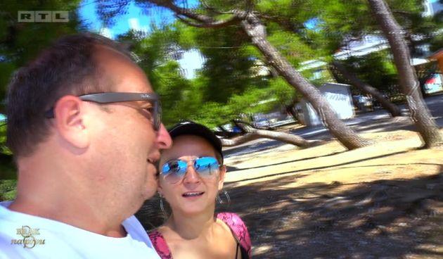 Gordana+moli+Bernarda+da+joj+plati+operaciju+grudi+(thumbnail)