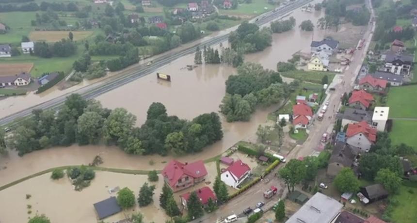 Tjedan dana nakon katastrofalnih poplava: Spasioci izgubili nadu da će pronaći preživjele
