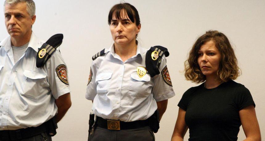 Treće suđenje 'fatalnoj ujni': Optužnica ju tereti da je s maloljetnim nećakom bila u vezi i potaknula ga na ubojstvo svog muža