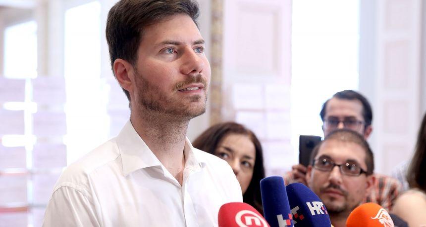 Pernar osniva Stranku Ivana Pernara, u potrazi je za saborskim klubom: 'Hvala Beljaku na pozivu'