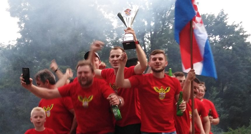 NK Lunjkovec prvak treće lige u središtu Ludbreg, u povorci proslavljen naslov