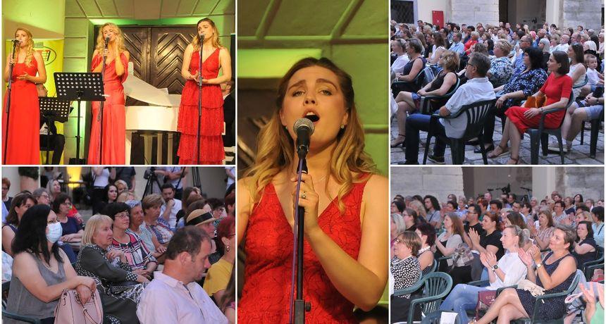 VIDEO I FOTO Koncert Tri soprana: Raskošni glasovi Tamare, Irme i Gabriele oduševili publiku u Čakovcu