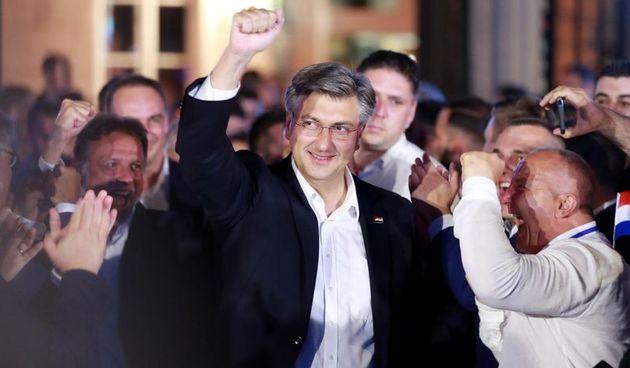 Plenković obavio prve konzultacije, većinu za Vladu već ima: Manjine, HNS i Reformisti dali mu potporu