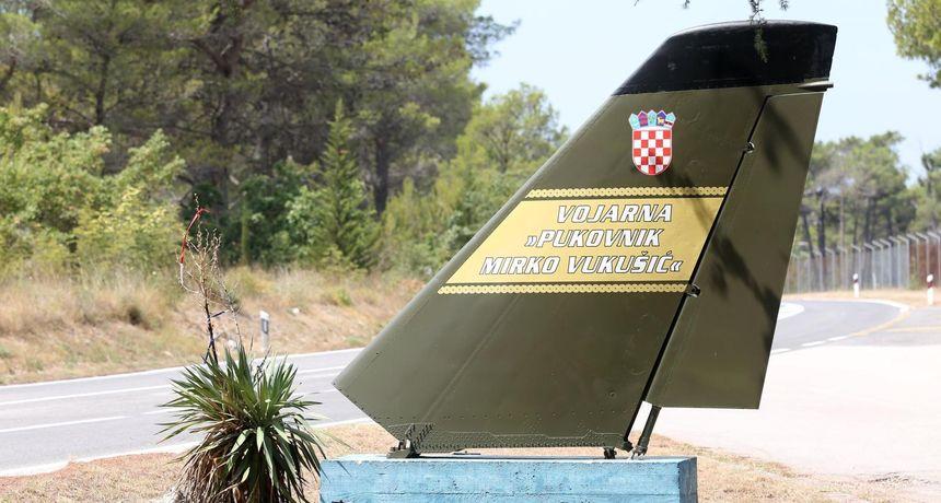 U luku Gaženica stiže preko 300 komada američke vojne opreme i sredstava za vježbu Immediate Response 21