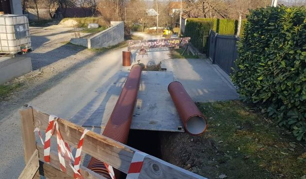 Širenje kanalizacijske mreže u gradu Ozlju, u tijeku završni radovi na izgradnji kolektora u naselju Lukšići Ozaljski