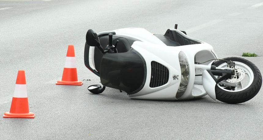 Izvanredno priopćenje policije o smrtno stradalom vozaču skutera, prešao je vozilom u lijevu traku
