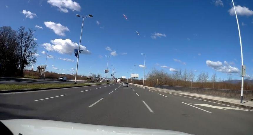 VIDEO Pogledajte nove snimke eksplozije meteora iznad Hrvatske! 'Čula se eksplozija i tresli su se prozori'