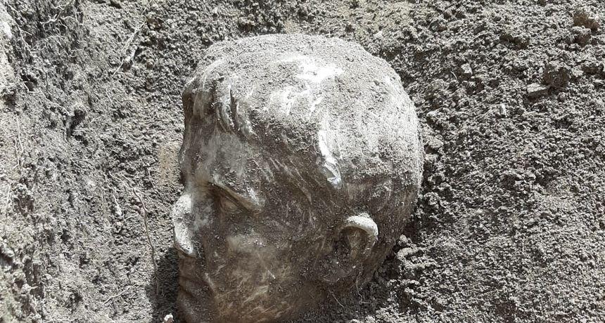 Veliko arheološko otkriće: Pronađena je mramorna glava cara Augusta stara čak 2000 godina