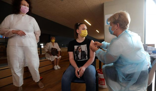 Cijepljenje djece od 12 do 16 godina protiv koronavirusa u dvorani Zamet