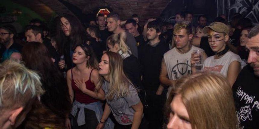 Božićni punk party u Exitu uz Six Pack