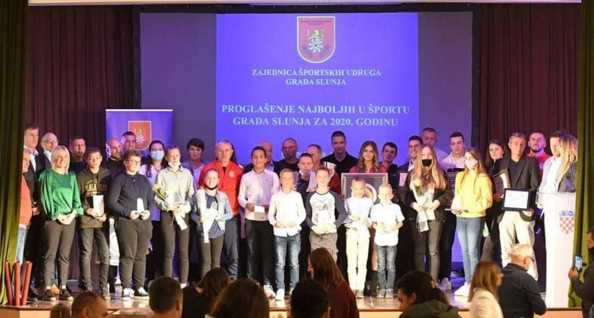 Održana večer slunjskog sporta - priznanja za sportska dostignuća u 2020. godini uručena 31 sportašu