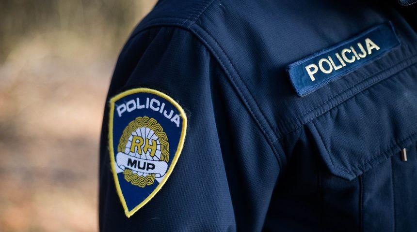 STRAHONINEC Ušuljali se kroz prozor i ukrali novac, ali ubrzo ih je sustigla policija