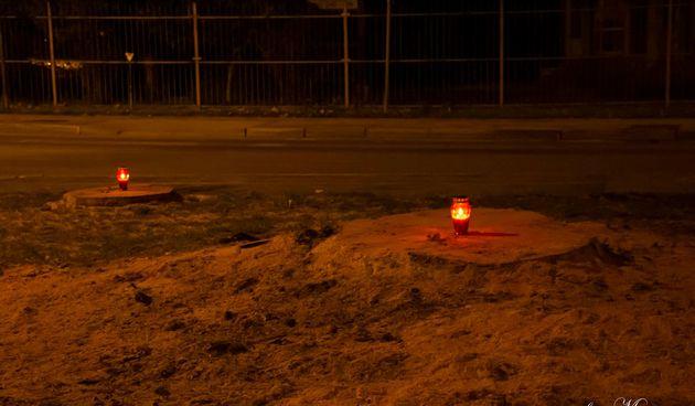Varaždinci zapalili lampaše kod porušenih platana u Biškupcu (thumbnail)