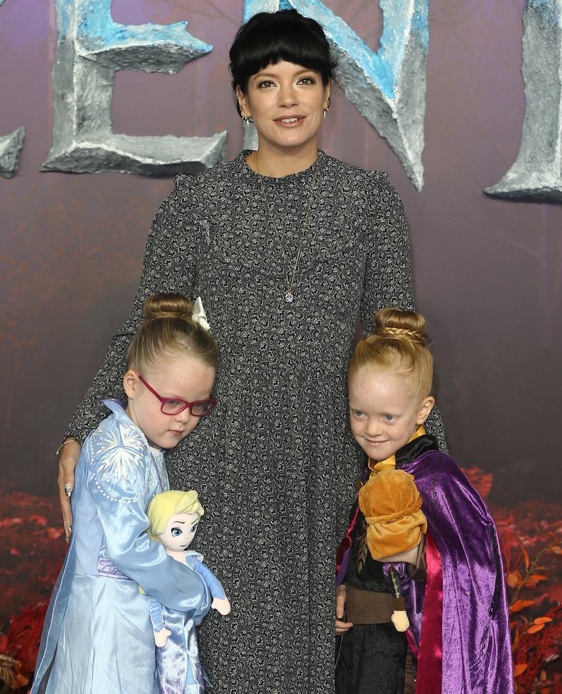 Lily Allen s kćerima