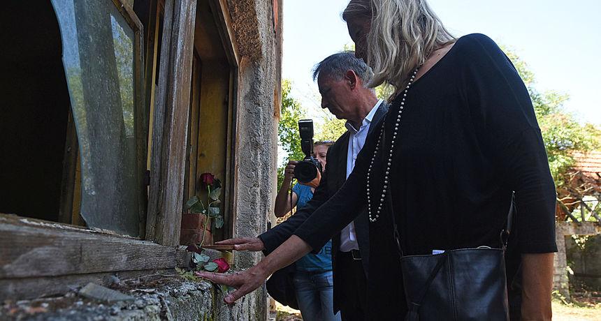 VIDEO U Donjem Skradu u Općini Barilović održana komemoracija za civilne žrtve u Oluji, Pupovac ne zna hoće li doći u Knin
