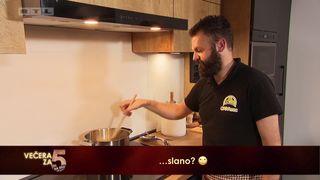Sven priprema kremšnite od batata (thumbnail)
