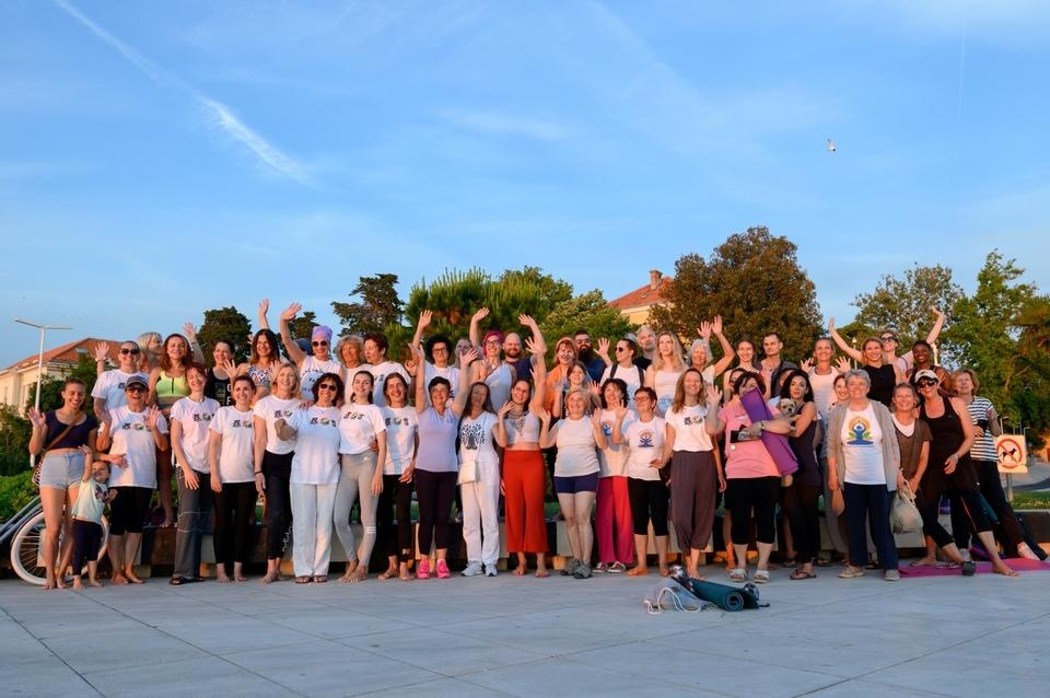 Međunarodni dan joge na Pozdrav suncu