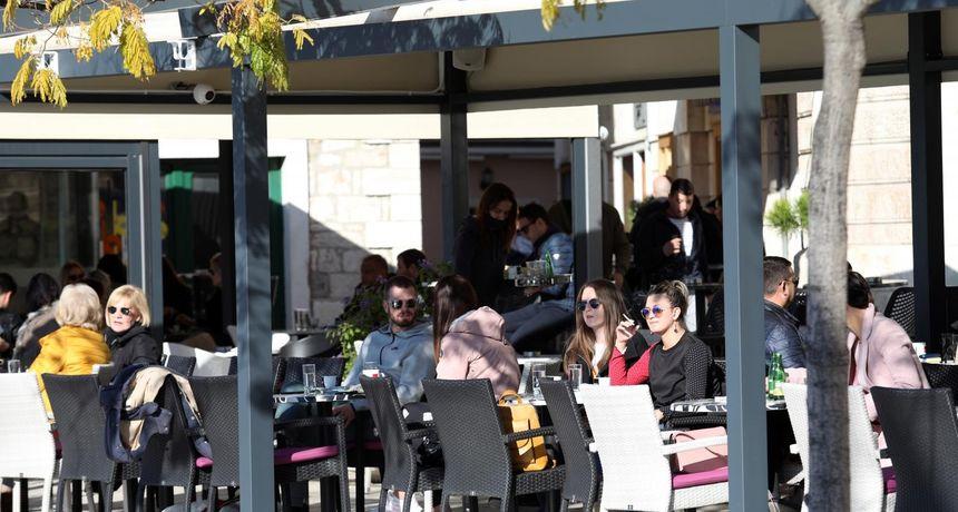 Stožer promijenio odluku u vezi glazbe u kafićima: Muzika može, ali uz jedan uvjet