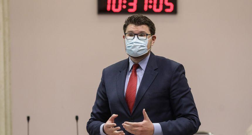 Grbin prozvao premijera zbog 'grozne' distribucije cjepiva: Plenković mu odgovorio da 'plaši ljude'