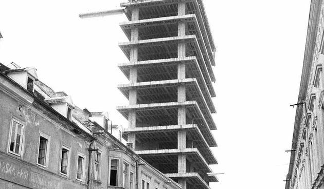 Da je sprovedena ideja o robnoj kući u Šebetićevoj,centar Karlovca bi danas sasvim drugačije izgledao