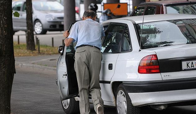 benzin auto kvar