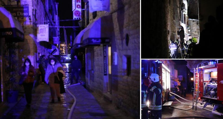 FOTO Požar u staroj gradskoj jezgri: Jedna osoba poginula, žena teško ozlijeđena, a vatrogasac lakše