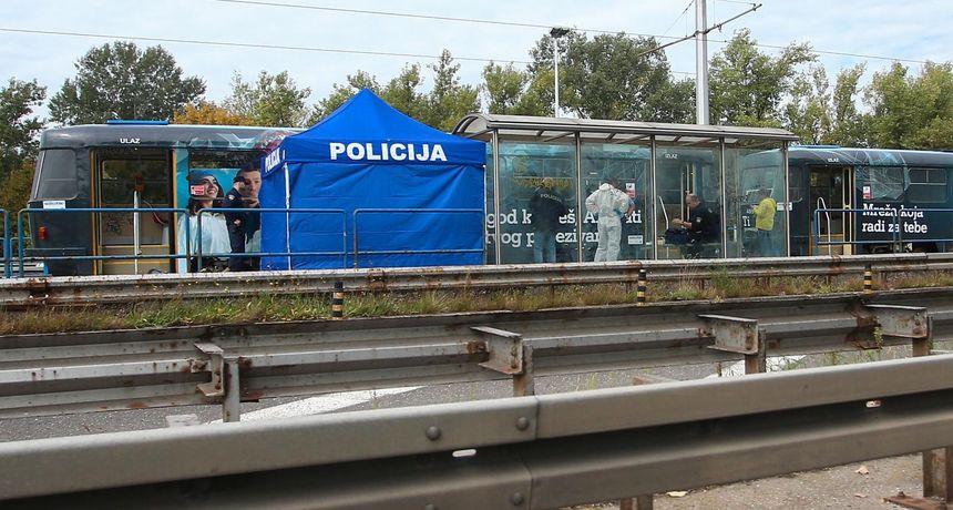 FOTO Užas u Zagrebu! U tramvaju pronađen mrtav muškarac. Na tijelu su vidljivi tragovi nasilja