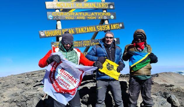 SVAKA ČAST Čakovčanci Zvonimir Jembrih i Mladen Koren 'osvojili' Kilimanjaro i uspeli se na najviši vrh Afrike!
