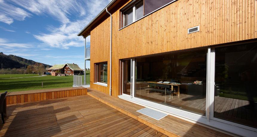 Pravo je vrijeme za uređenje Vaših terasa, vikendica ili ugostiteljskih objekata!