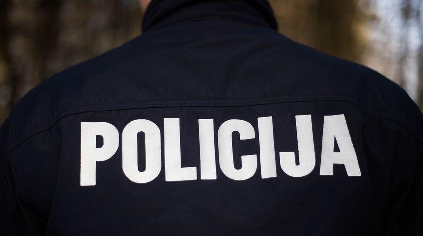 TEŠKA NESREĆA U ČEHOVCU Sudar dva automobila, jedna osoba završila u bolnici