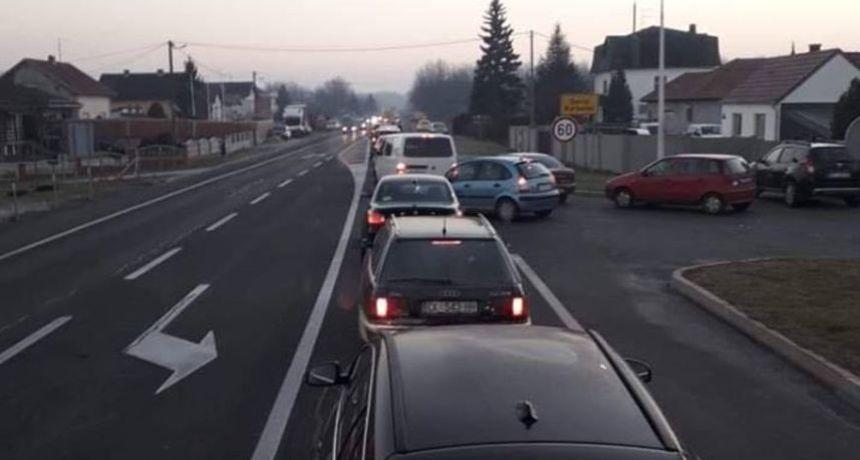 Teška nesreća u Varaždinu: Autom naletjela na dvojicu biciklista, prevezeni su u bolnicu