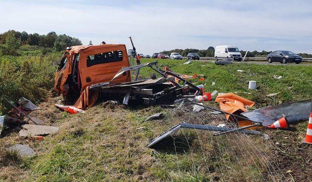 Prometna nesreća na A-1 - kamion pokosio vozilo cestarske ophodnje - 22.9.2021.