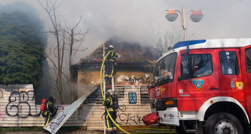 Požar u Zagrebu: Noćas izgorio napušteni noćni klub, nema ugroženih osoba