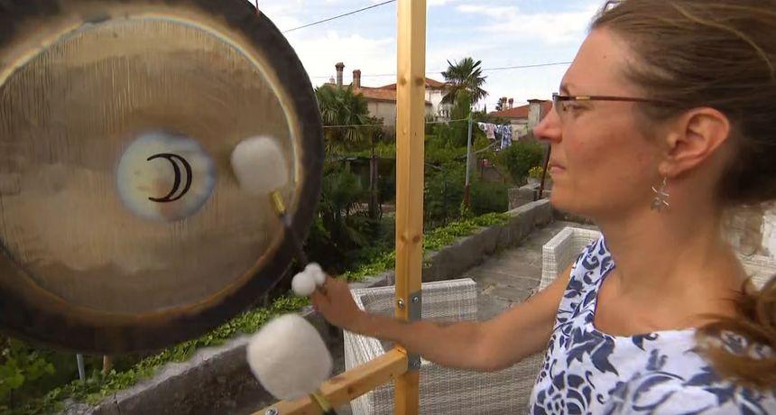 Jana ima vrlo zanimljiv hobi: 'Provodim vrijeme i svirajući gong i tibetanske zdjele'