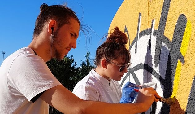 Učenici Škole primijenjene umjetnosti i dizajna oslikavaju još jedan zid na Višnjiku