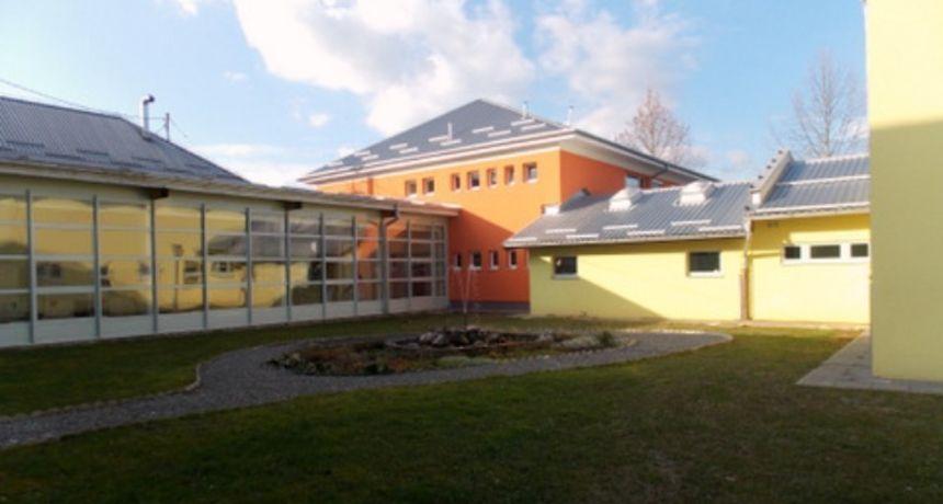 Nema brige za učenike Osnovne škole Žakanje, lokalne općine osigurale nabavku radnih materijala, a najavile i sufinanciranje ostalih aktivnosti