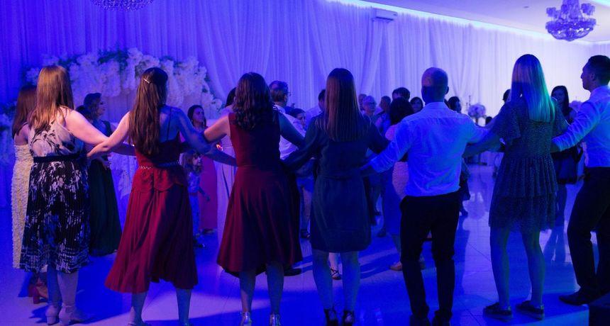 Direktor (36) i prokurist (66) u Osijeku organizirali svečanosti pa u gotovini
