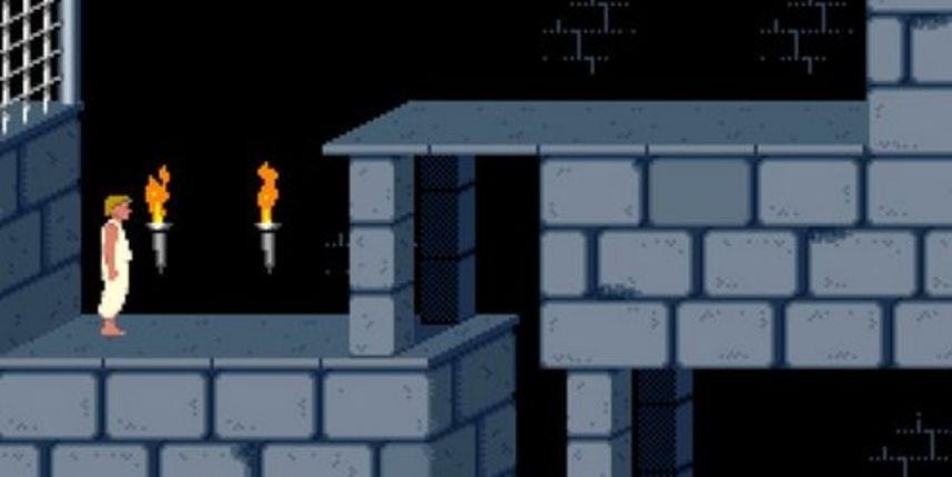 Zaigrajte neku od 2,400 legendarnih video igrica putem svog web preglednika