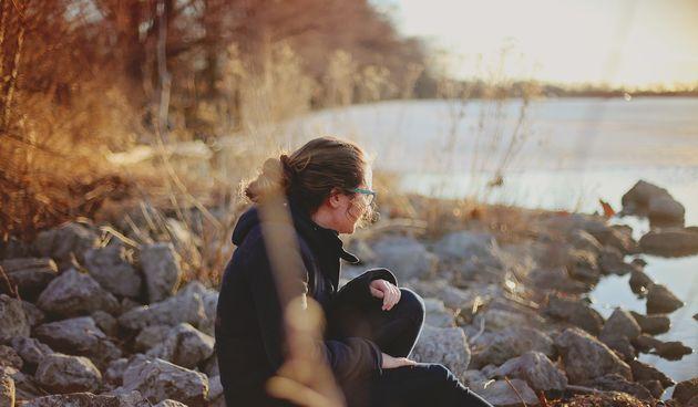 Usamljenost - društvene mreže i slabiji kontakt s ljudima 'lice u lice', doveli su do toga da usamljenost smanjuje životni vijek jednako kao 15 cigareta dnevno