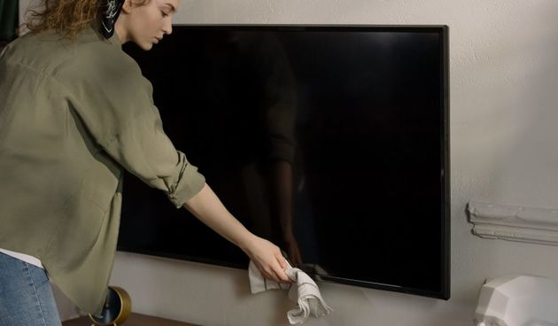Ciscenje, televizor