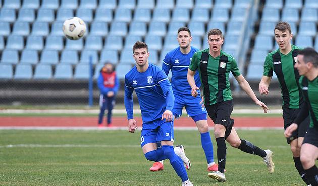 U zanimljivoj utakmici punoj prigoda i golova nogometaši Karlovca 1919 svladali Vrapče sa 3:2